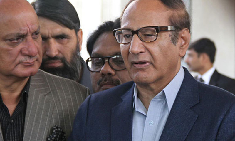 "PML-Q leaders urge Chaudhry Shujaat Hussain to ""take the decision"" about the party's coalition with PTI. — File photo"