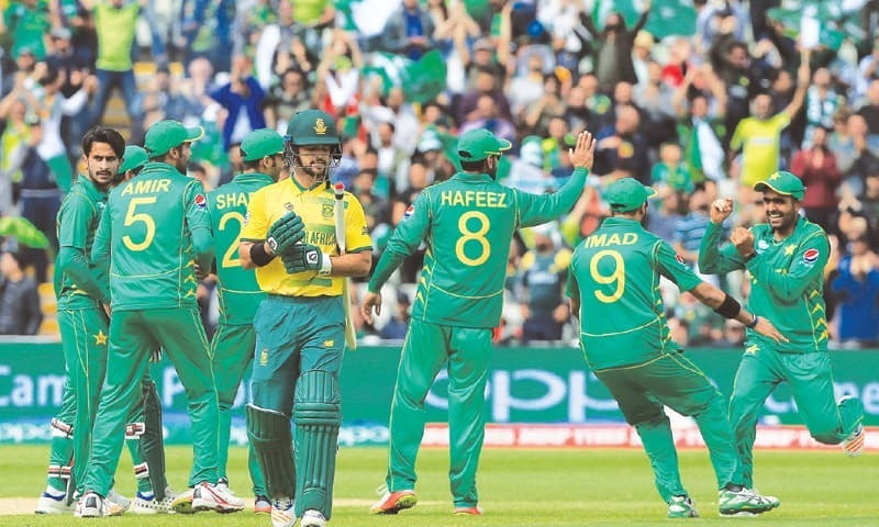 SA aim to bounce back against buoyant Pakistan