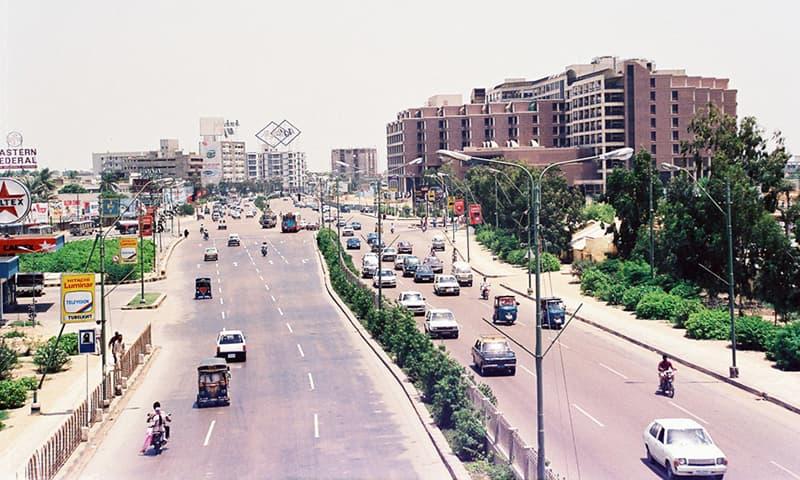 شارع فیصل 1980ء کی دہائی میں—تصویر عبیداللہ کیہر