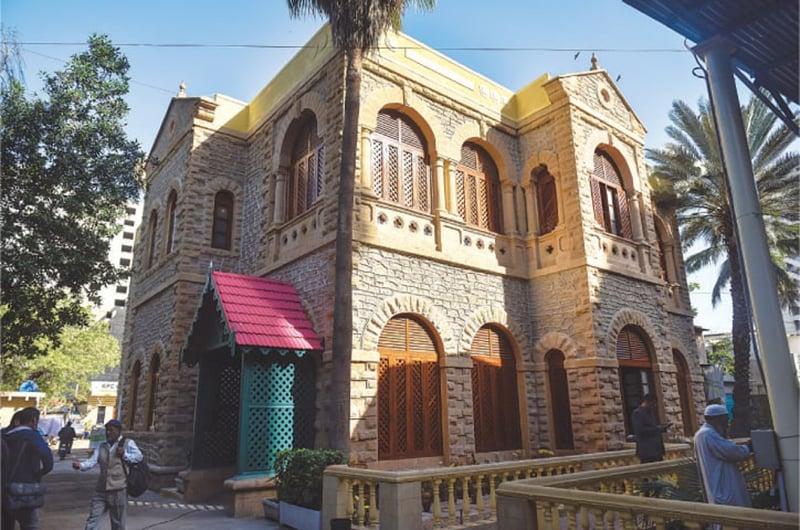 بحالی کے بعد پریس کلب کی عمارت—فہیم صدیقی\وائٹ اسٹار