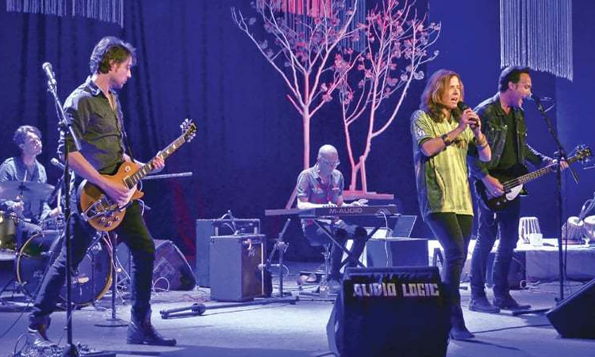 The Mary McBride band performing a rendition of *Dil Dil Pakistan* at the National Academy of Performing Arts in Karachi | White Star