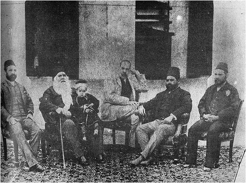 Sir Syed enjoys an evening at his home with a group of Muslim intellectuals | Dawn.com