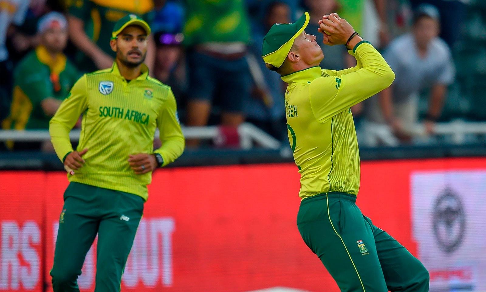 جنوبی افریقہ کے باؤلرز نے 7 وکٹیں حاصل کیں—فوٹو:اے ایف پی