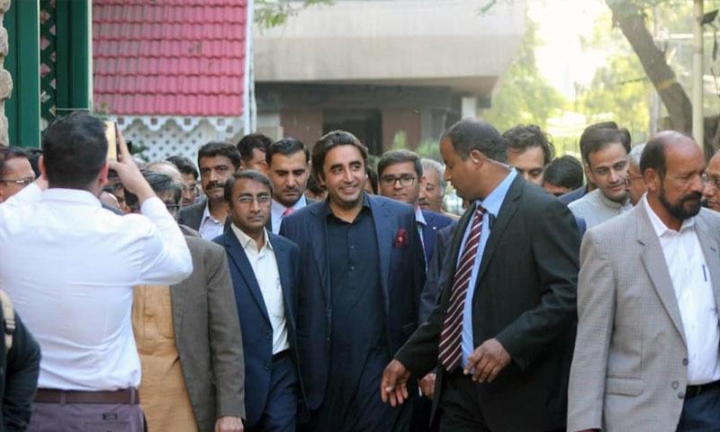 بلاول بھٹو کی کراچی پریس کلب آمد—تصویر: کراچی پریس کلب