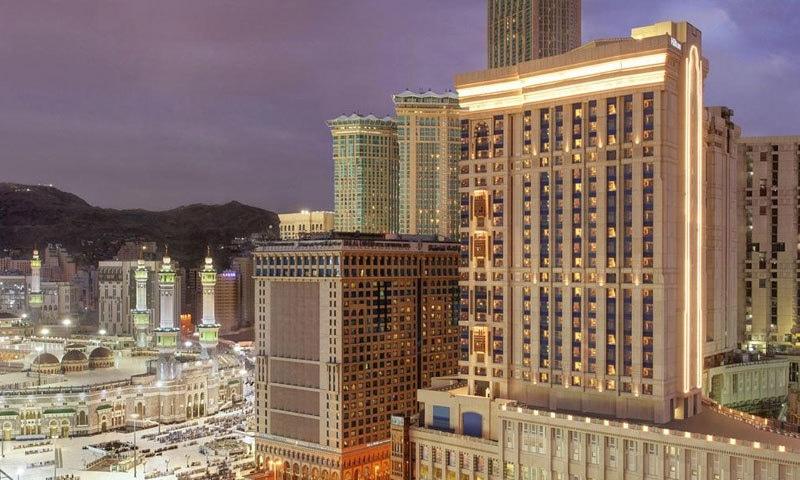 ہلٹن ہوٹلز کا شمار دنیا کے پرتعیش ہوٹلز میں ہوتا ہے—فوٹو: بکنگ ڈاٹ کام