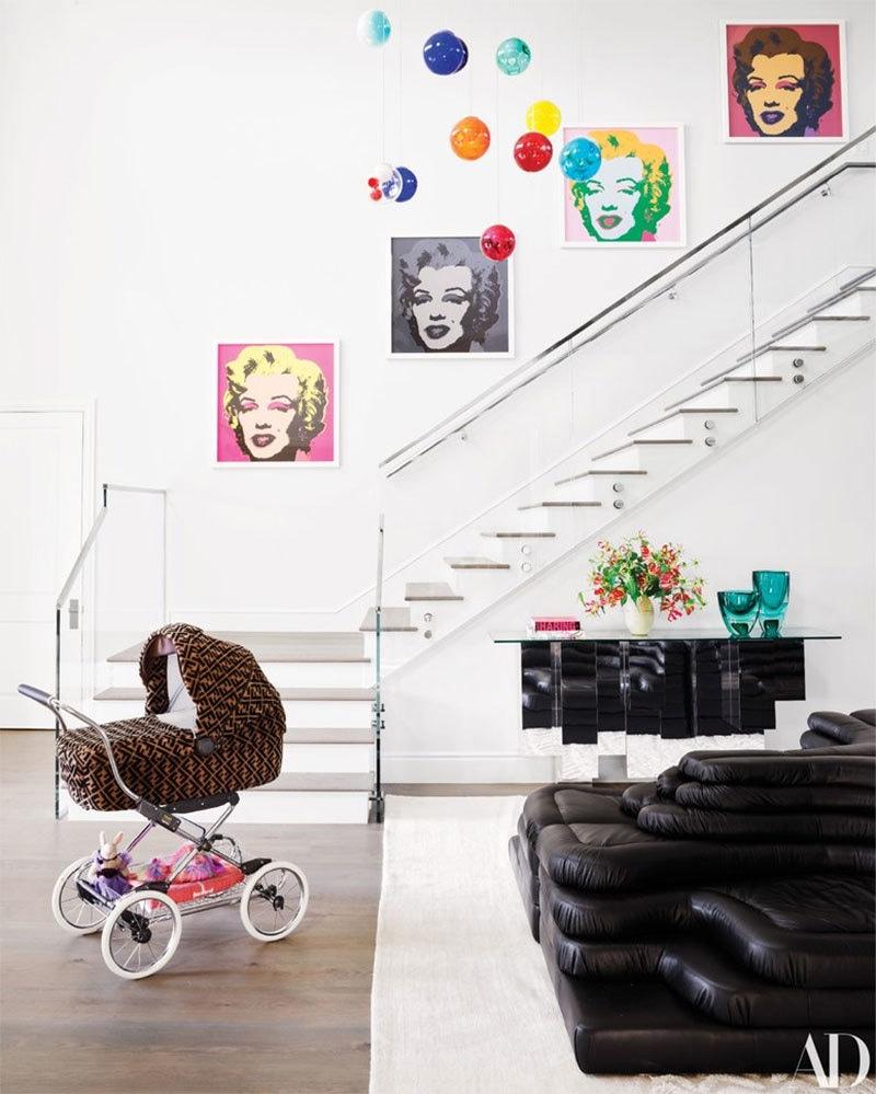 گھر میں داخل ہوتے ہی یہ منظر نظر آتا ہے — فوٹو بشکریہ آرکیٹکچوئل ڈائجسٹ