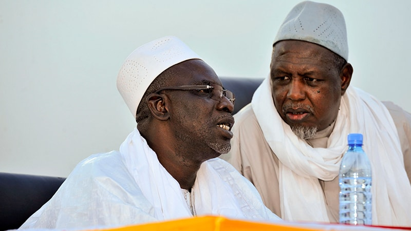 Mali's Muslim leaders call for PM's resignation at rally