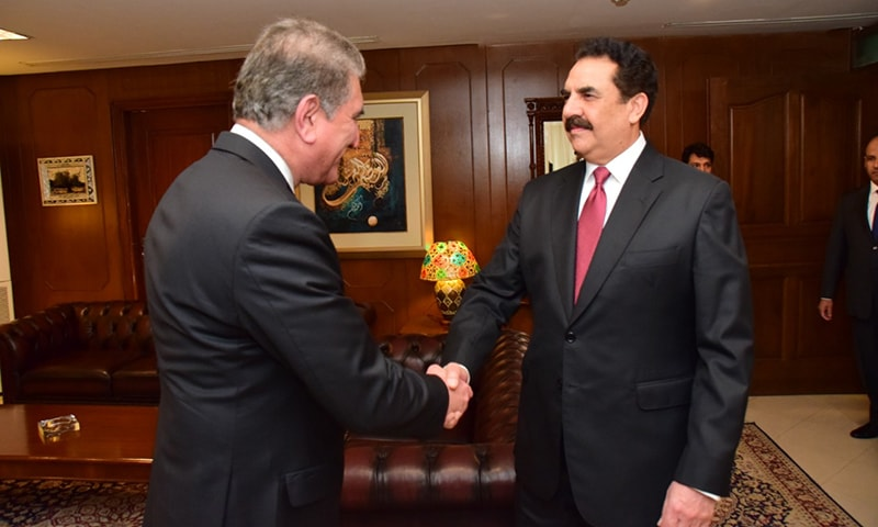 Foreign Minister Shah Mahmood Qureshi welcomes former army chief Gen Raheel Sharif at the Foreign Office. — Photo courtesy FO