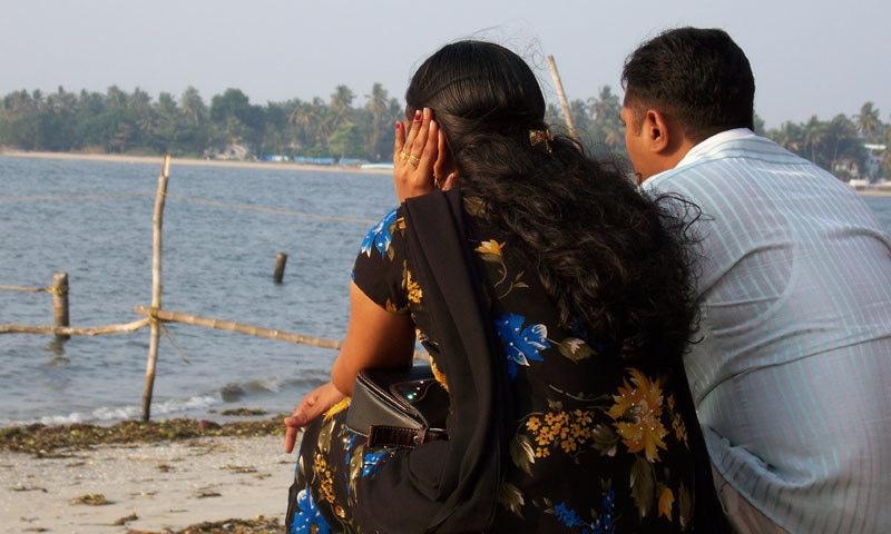 بھارت کے متعدد علاقوں میں لڑکے اور لڑکیوں کی زبردستی شادی کرانے کی اطلاعات ہیں—فائل فوٹو: نیوزڈ