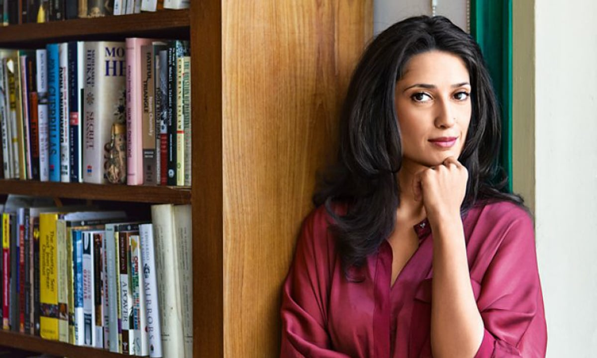 Fatima Bhutto | White Star