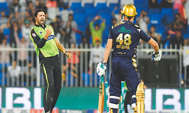 SHARJAH: Lahore Qalandars' David Wiese cleans up Quetta Gladiators' Anwar Ali during their PSL match at the Sharjah Cricket Stadium on Saturday.—courtesy PCB