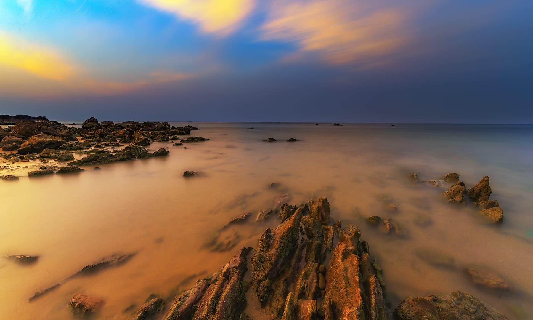 گڈانی کا ساحل—سید مہدی بخاری