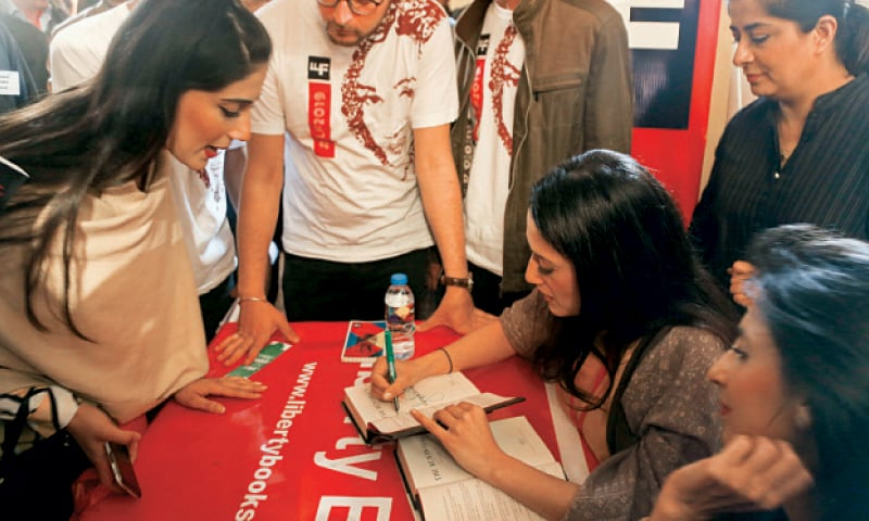 Fatima Bhutto signs her book after the session. — White Star
