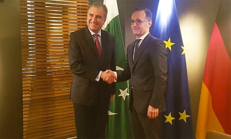 Foreign Minister Shah Mahmood Qureshi shakes hands with German counterpart Heiko Maas ahead of a meeting held on the sidelines of Munich Security Conference in Germany. — Photo courtesy FO