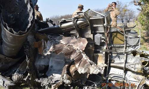 2 Indian aircraft violating Pakistani airspace shot down; pilot captured