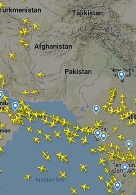 پاکستانی فضائی حدود کی بندش کے بعد فلائٹ ریڈار 24 کا لیا گیا اسکرین شاٹ۔