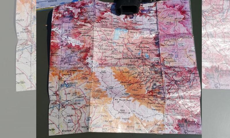 بھارتی پائلٹ کے قبضے سے ملنے والا ایک نقشہ—فوٹو: آئی ایس پی آر