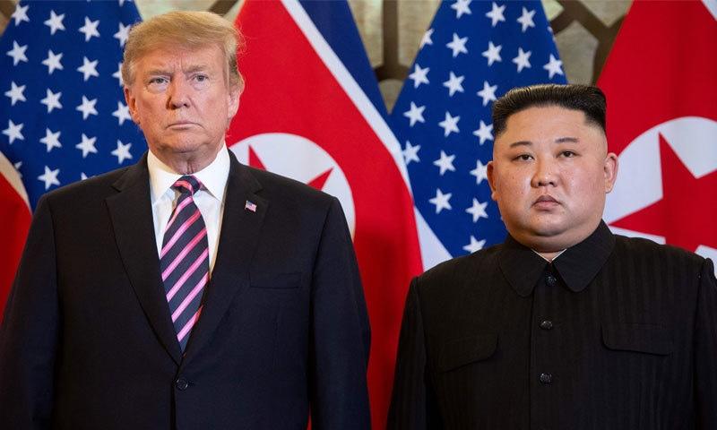 کم جونگ کے ساتھ ویتنام میں ہونا اعزاز ہے،امریکی صدر — فوٹو: اے ایف پی