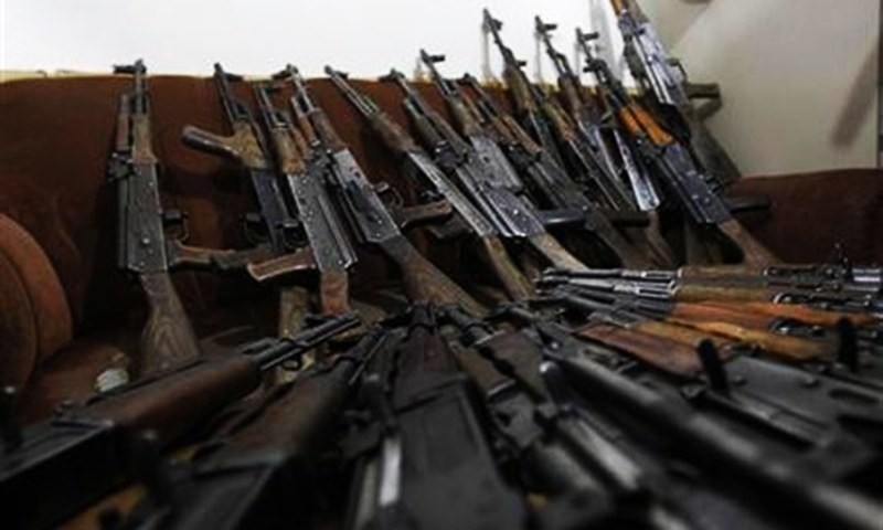Army returns seized weapons to Marwat and Betani tribesmen