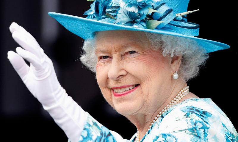 ملکہ برطانیہ کو طویل عرصے تک بادشاہت کرنے کا اعزاز بھی حاصل ہے—فائل فوٹو: فورچون