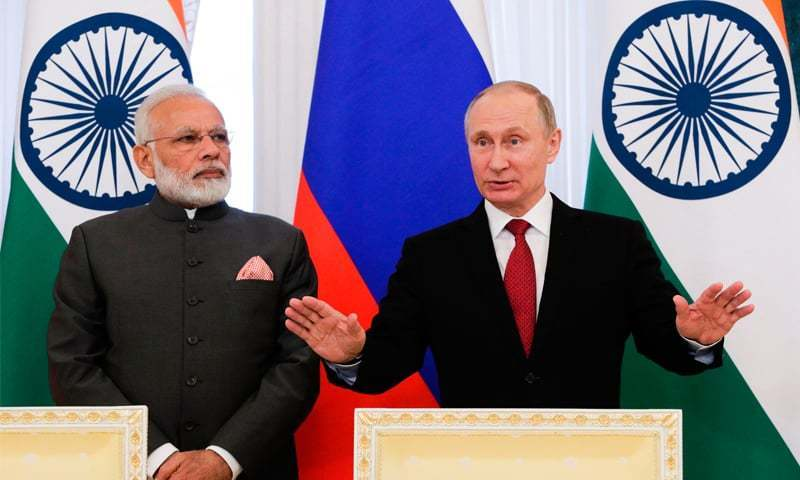 This file photo shows Russian President Vladimir Putin and Indian Prime Minister Narendra Modi speak to the media.— AFP/File