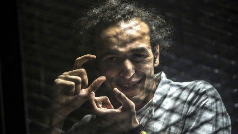صحافی کو جرمانے کی عدم ادائیگی پر 6 ماہ اضافی سزا کاٹنا پڑی — فوٹو: اے ایف پی