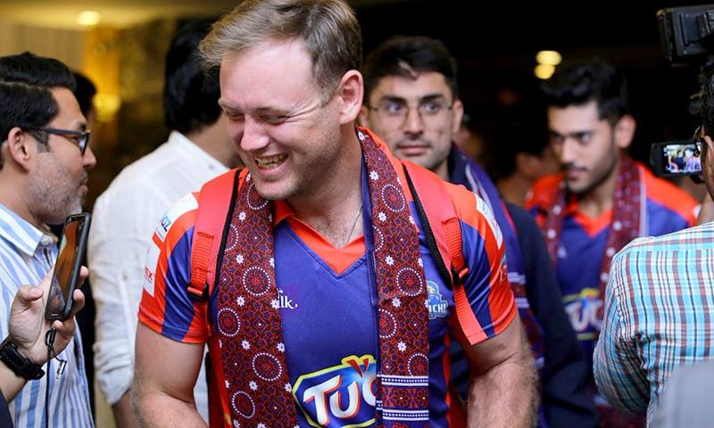 Colin Ingram donning a traditional Sindhi Ajrak. — PSL