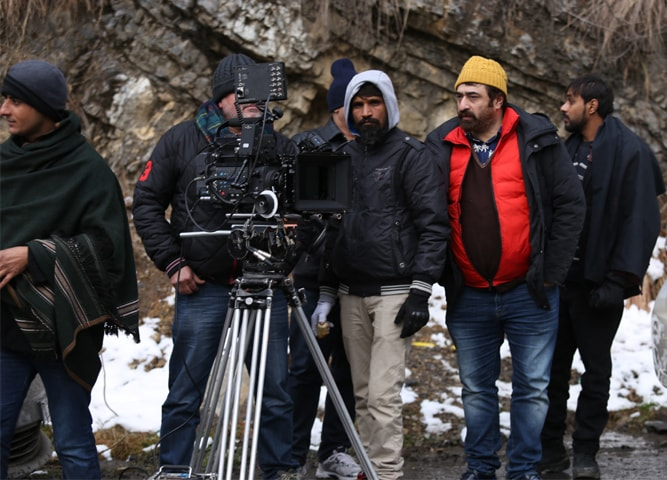 Yasir Nawaz with his production crew