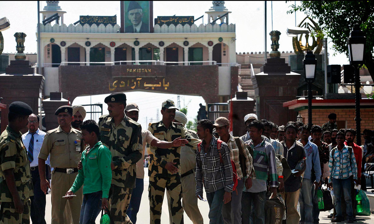 Pakistan Rangers officers returned Ghulam Qadir to India at Wagah border crossing. — AFP/File