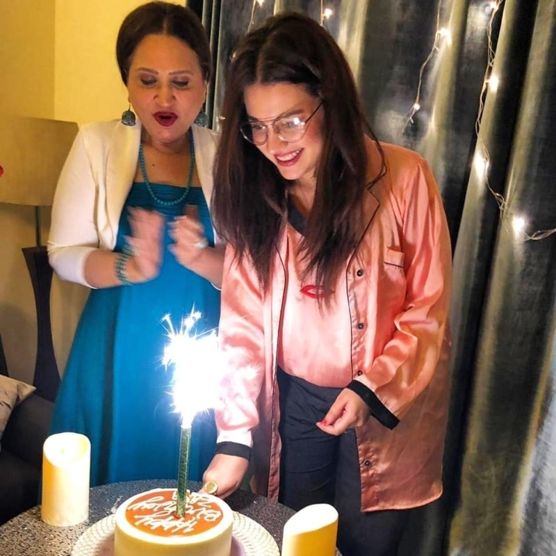 foto de Zara Noor Abbas celebrates 28th birthday with an intimate house party Celebrity Images