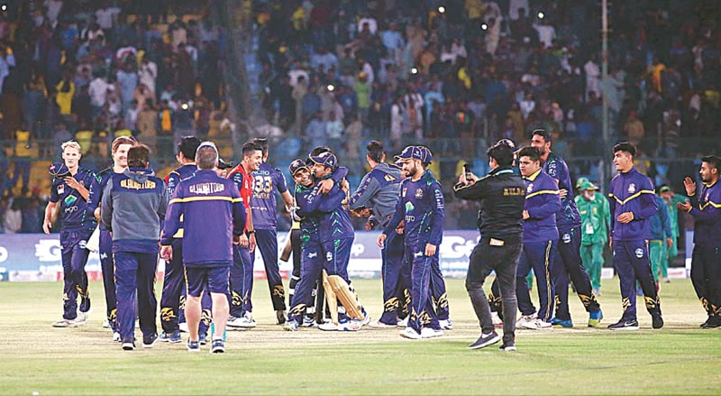 KARACHI: Jubilant Quetta Gladiators team after winning the qualifier against Peshawar Zalmi in the Pakistan Super League at National Stadium on Wednesday. It is the third time that Gladiators have reached the final of the PSL.—APP