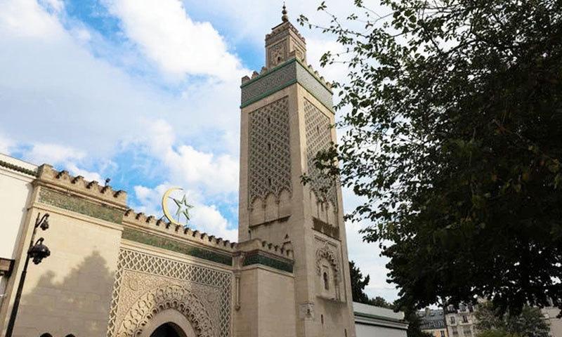 فرانس میں مساجد کو بند کرنا ہی بہتر سمجھا گیا—فائل فوٹو: شٹر اسٹاک