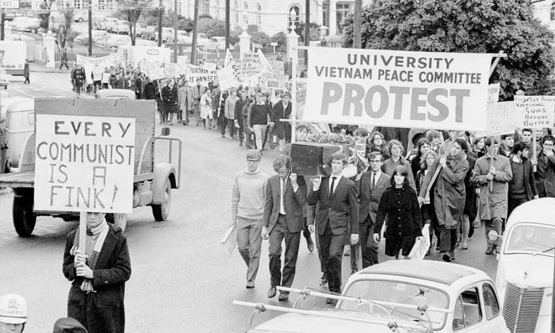 ویتنام جنگ مخالف مظاہروں سے نیوزی لینڈ میں کشیدگی رہی—فائل فوٹو: این زیڈ ہسٹوری