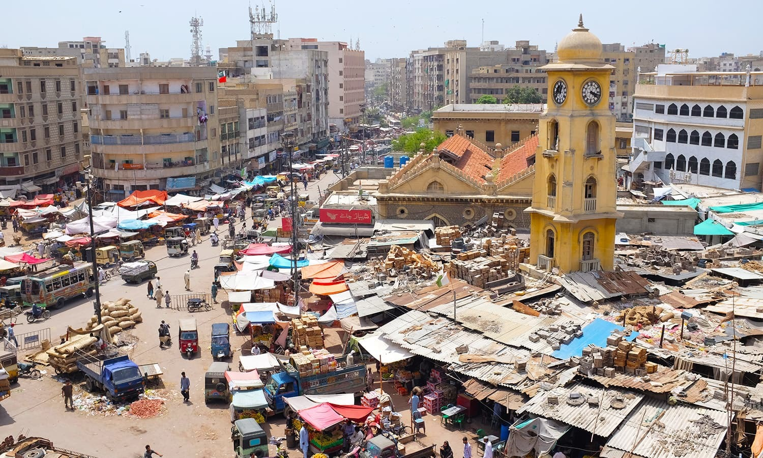 Karachi is among the world's top 10 cheapest cities in the world again. ─ Photo courtesy Farooq Soomro