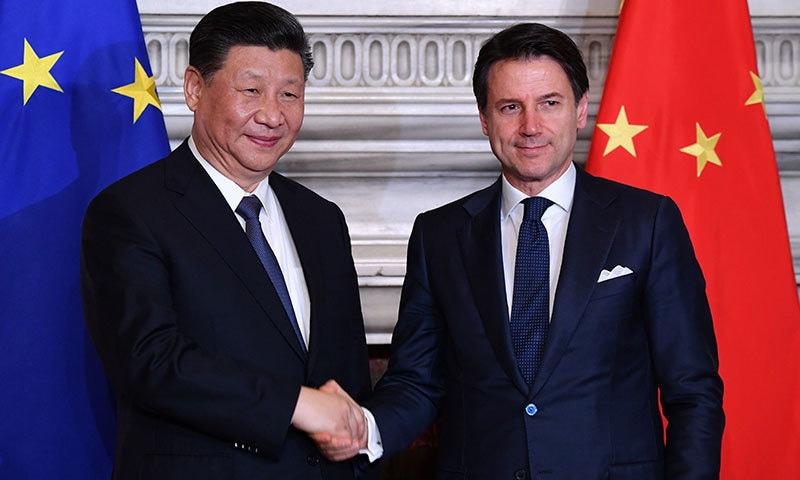چینی صدر دو روزہ دورے پر اٹلی پہنچے اور معاہدوں پر دستخط بھی ہوئے—فوٹو: اے ایف پی
