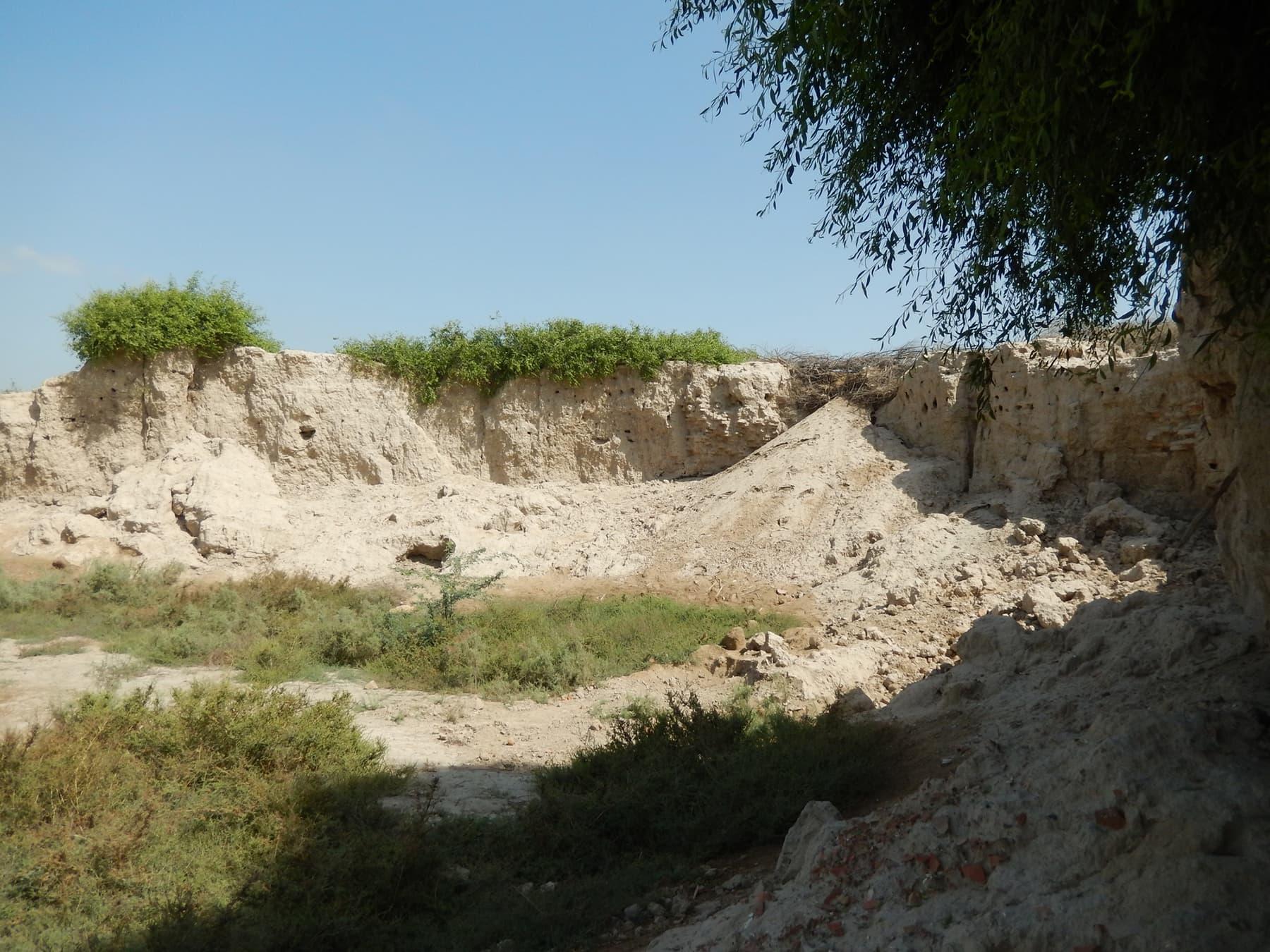 فتح باغ قلعے کے آثار