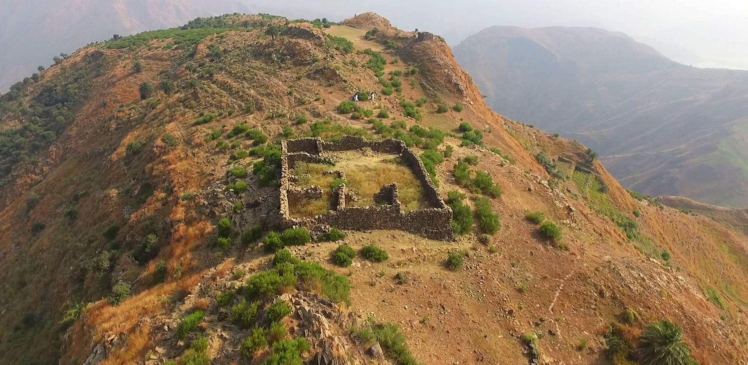 Subah Khan Tanoli's elders held out in fortified mountain villages during Emperor Aurangzeb's rule.