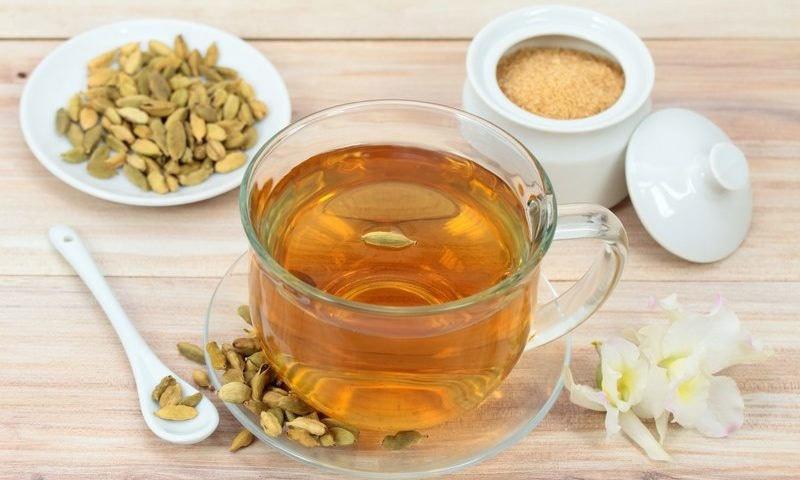 الائچی کی چائے صحت بخش مشروب ہے— شٹر اسٹاک فوٹو