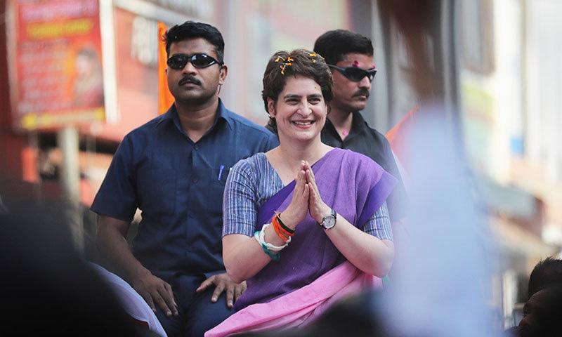 توقع کی جا رہی تھی کہ پریانکا گاندھی بھی لوک سبھا کے انتخابات میں حصہ لیں گی — فوٹو: اے پی