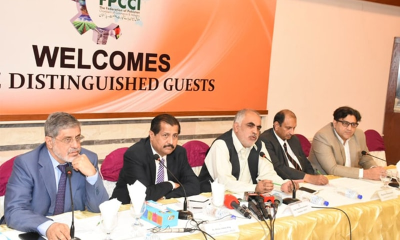 KARACHI: FPCCI leaders present proposals for 2019-20 budget at a press conference on Wednesday. — Dawn Newspaper