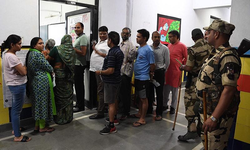 بھارت کی 20 ریاستوں میں آج انتخابت ہورہے ہیں—فوٹو: اے ایف پی