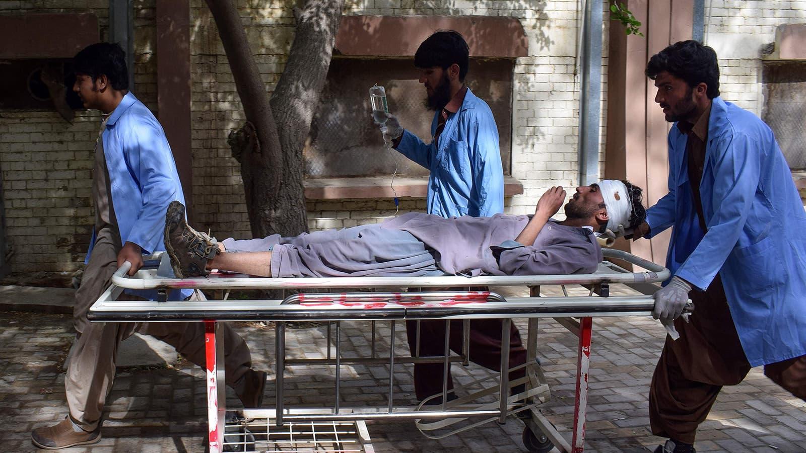 زخمیوں کو ابتدائی طور پر بولان میڈیکل کمپلیکس میں منتقل کیا گیا—تصویر:اے ایف پی