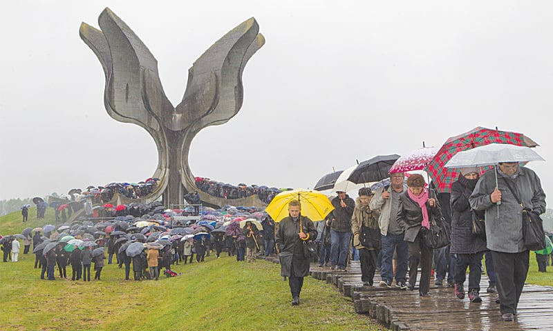 Jasenovac (Croatia): Hundreds gather at a memorial centre to pay their respects to tens of thousands of people killed in death camps run by Croatia's pro-Nazi government during World War II.—AP