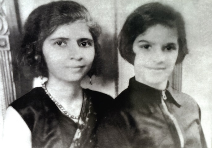 A photograph of Fatima Jinnah and Dina Jinnah.