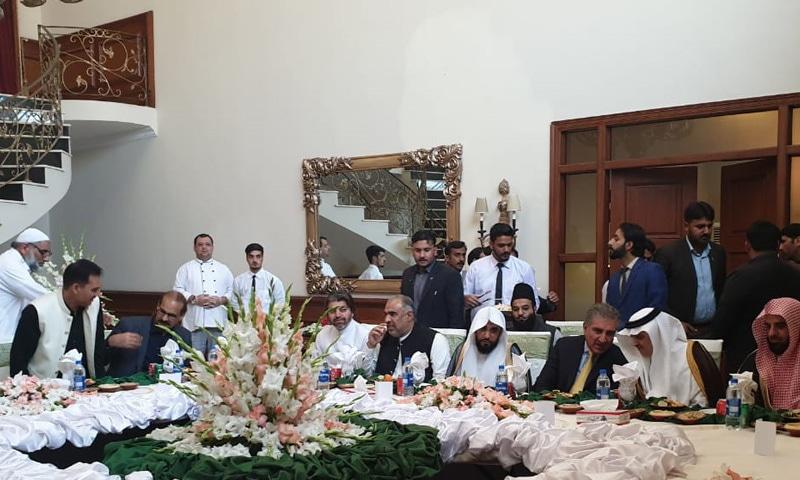 امام کعبہ کے اعزاز میں ظہرانہ کا اہتمام بھی کیا گیا—فوٹو: قومی اسمبلی