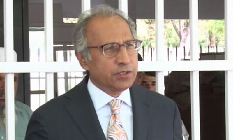 Adviser on Finance Dr Abdul Hafeez Shaikh speaks to the media on Saturday. Photo: DawnNews