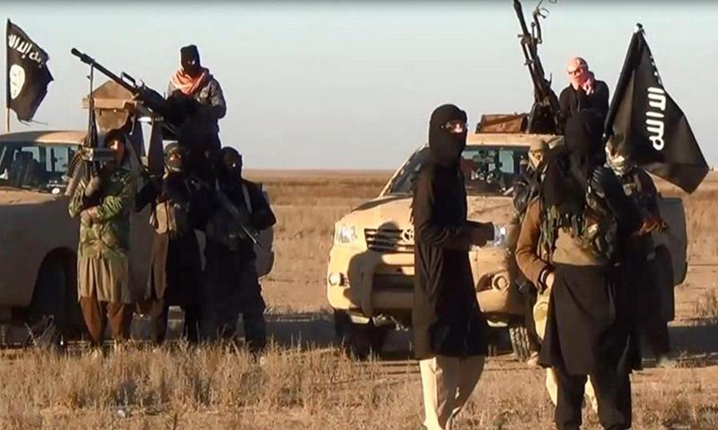 شامی سیکیورٹی فورسز کے اہلکار 8 سالہ جنگ کے دیگر محاذوں پر بھی حملوں کا نشانہ بنی ہیں — فائل فوٹو/اے ایف پی