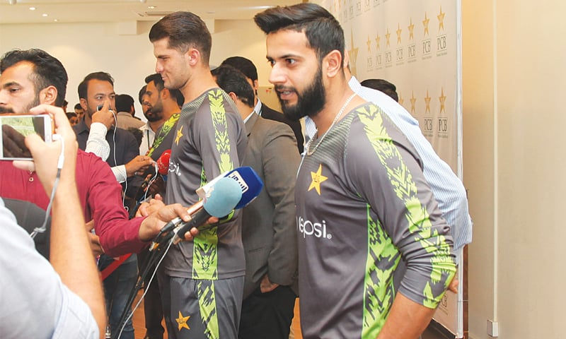 IMAD Wasim speaks to media in the mixed zone. Shaheen Shah Afridi and Shoaib Mailk are also seen.—White Star