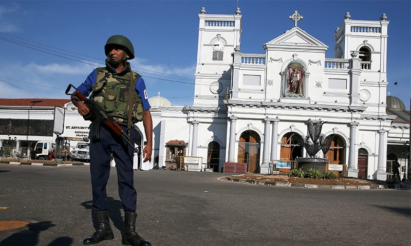 دھماکوں میں مسیحی عبادت گاہوں  اور ہوٹلوں کو نشانہ بنایا گیا تھا — تصویر: اے پی