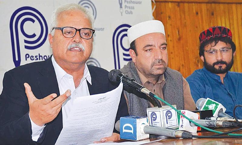 Khyber district tribal leader Rahim Shah Afridi addresses a press conference at Peshawar on Thursday.—Online